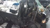 Pikap Tabrak Separator Busway di Jaktim, Sopir Terjepit Selama 1 Jam