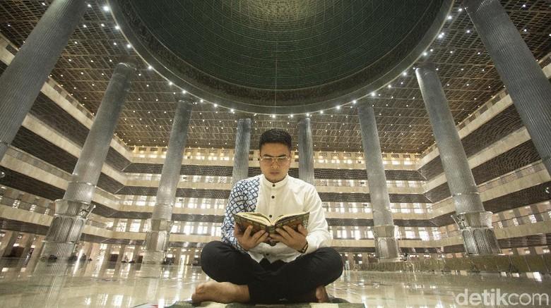 Tahun ini, Masjid Istiqlal tak menyelenggarakan kegiatan itikaf untuk jemaah. Kebijakan ini dikarenakan pandemi yang belum kunjung usai.