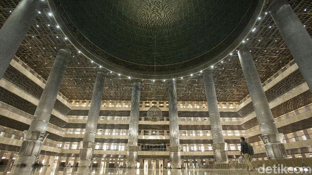 Viral Lampu Warna-warni Masjid Istiqlal, Ini Penjelasan Waskita Karya