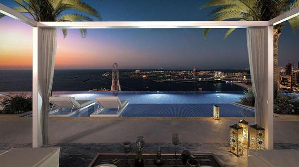 Dari kolam renang, tamu bisa menyaksikan keindahan kota Dubai yang cantik. Mulai dari pemandangan kincir ria Ain Dubai yang tertinggi di dunia hingga pasir putih Pantai Jumeirah. (Address Hotel+Resort)
