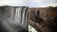 Ketika Air Terjun Terbesar di Afrika Berhenti Mengalir
