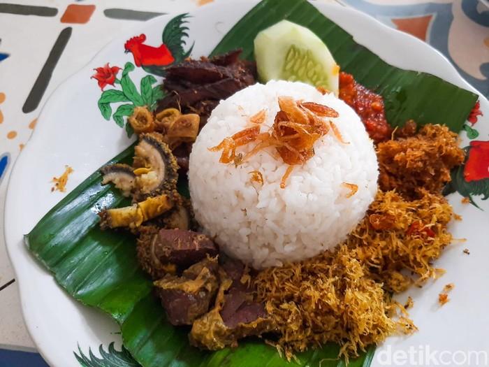 Sumber Asli Cipete, Cicip Nasi Krawu dan Bakmi Godog