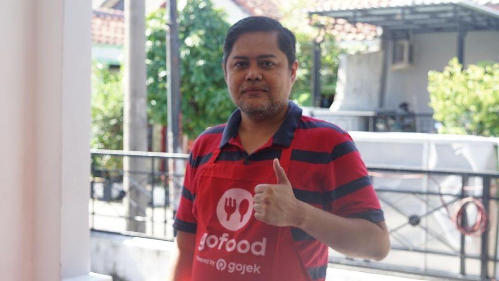 Lewat Jumat Berkah, Mitra GoFood Surabaya Sebar Kebaikan Ramadhan