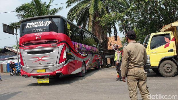 Bus AKAP Diam-diam Bawa Penumpang di tengah larangan mudik
