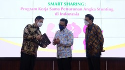BKKBN gandeng Kalbe nutritionals dan Klikdokter dukung penanganan stunting di Indonesia.