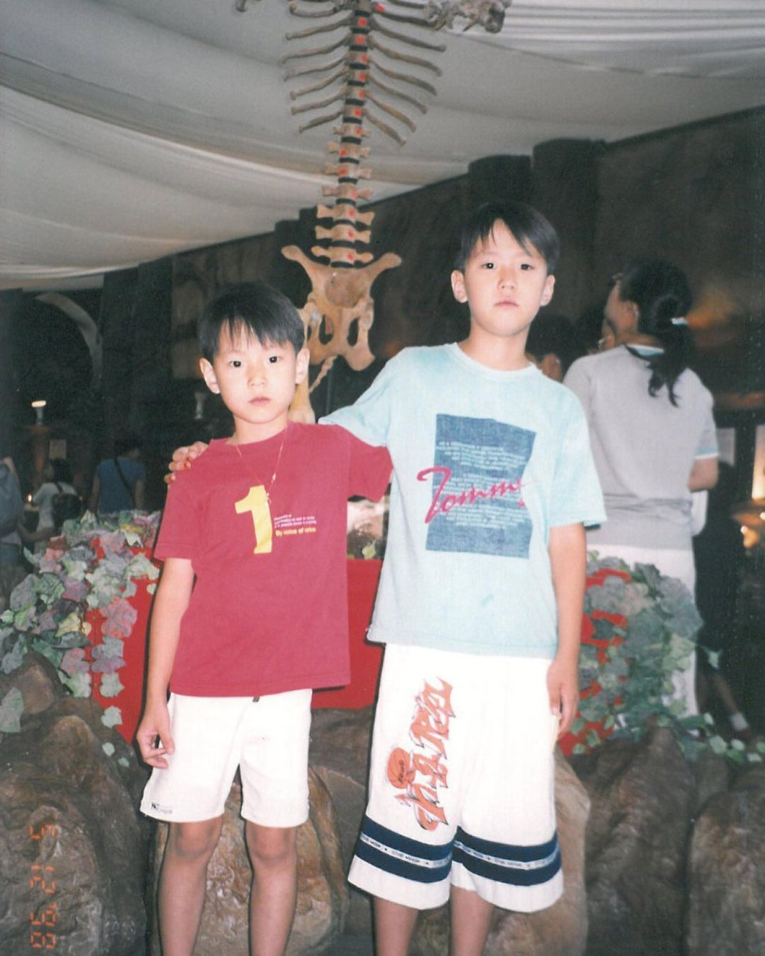 Foto masa kanak-kanak para bintang Korea