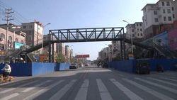 Ibu Ini Bangun Jembatan Senilai Rp 2,2 M agar Anak Selamat di Jalan