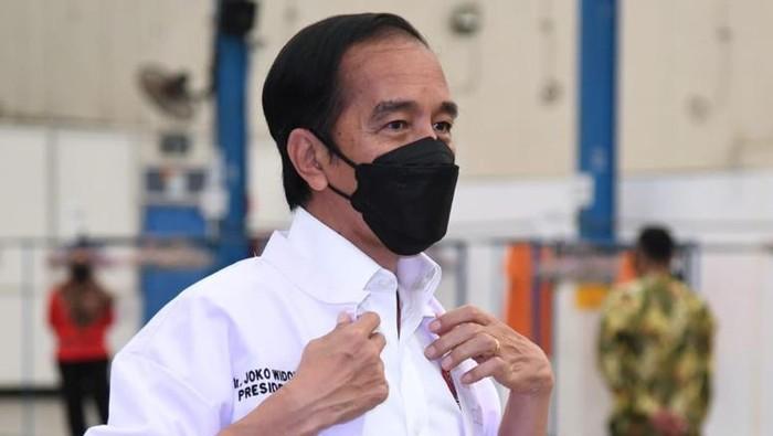 Dalam kunjungan kerjanya ke Provinsi Jawa Timur, Presiden Joko Widodo (Jokowi) berdialog dengan para nelayan. Jokowi juga mengunjungi pabrik perikanan.