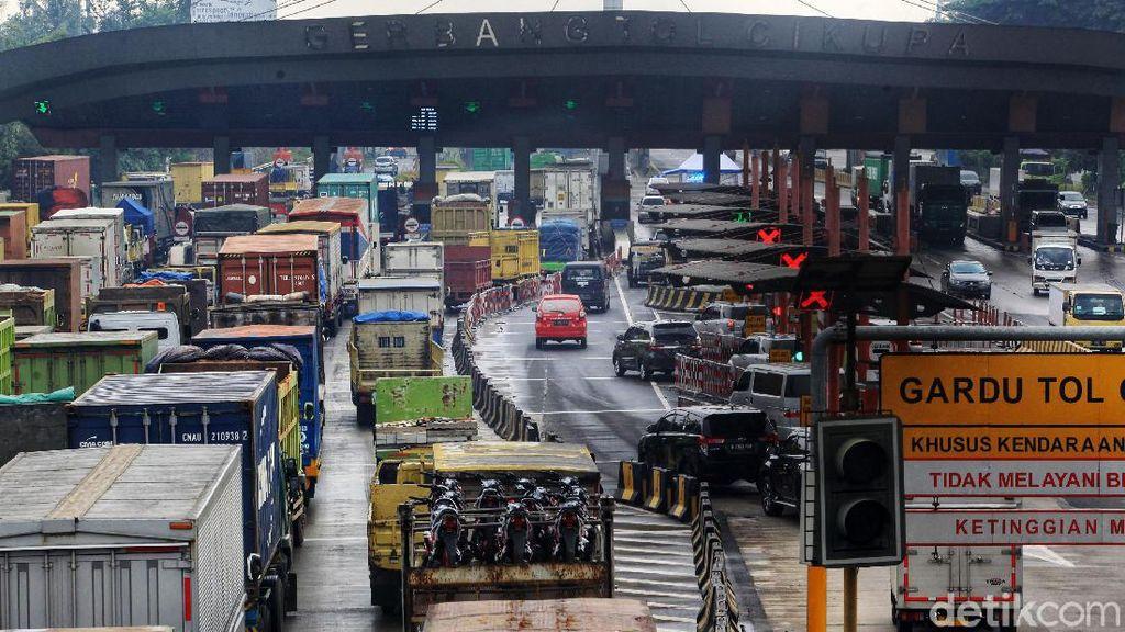 Kemenhub Catat Kenaikan Arus Transportasi 15% di H-3 Larangan Mudik