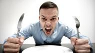 Apakah Mengeluh Lapar dan Membicarakan Makanan Bisa Membatalkan Puasa?