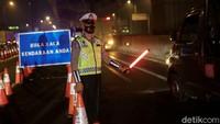 Cek di Sini! Informasi Titik Penyekatan di Tol Jakarta Cikampek