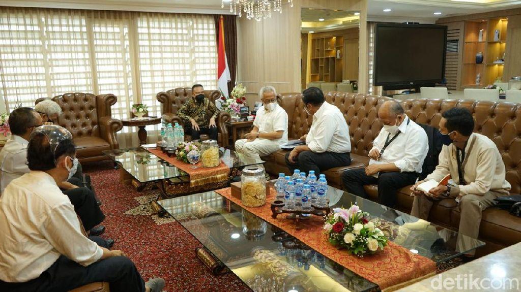 Pimpinan DPR Bahas Polis Asuransi Jiwasraya