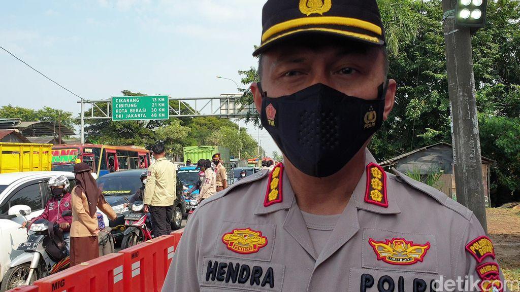 Pos Penyekatan Pemudik di Perbatasan Bekasi-Karawang