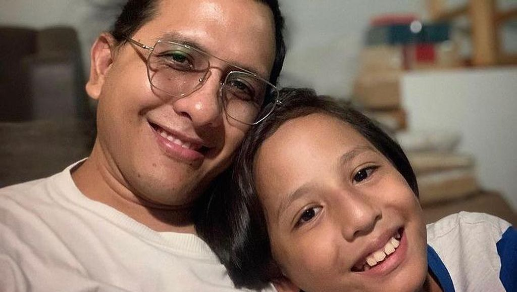 Raditya Oloan Meninggal, Sang Anak Tulis Pesan Menyentuh