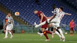 Roma dan Penyesalan 45 Menit di Old Trafford
