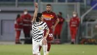Cavani Bawa Man Utd Ungguli AS Roma 1-0 di Babak Pertama