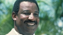 Bintang James Bond Frank McRae Meninggal Dunia