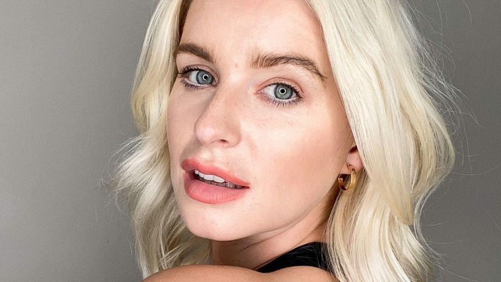 Cerita Model Jess Davies yang Foto Bugilnya Tersebar Online & Disalahgunakan