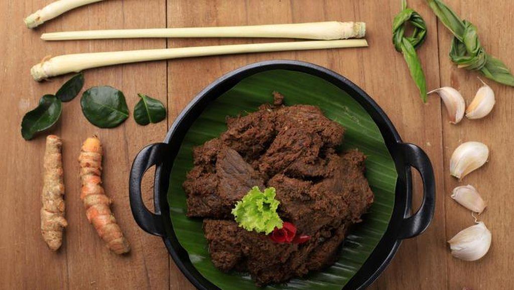 Rendang Daging Sapi Asli Padang, Rendang Darek dan Rendang Pesisir