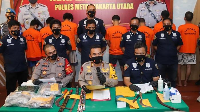Polisi tangkap pelaku pengeroyokan di kafe remang-remang di Jakut