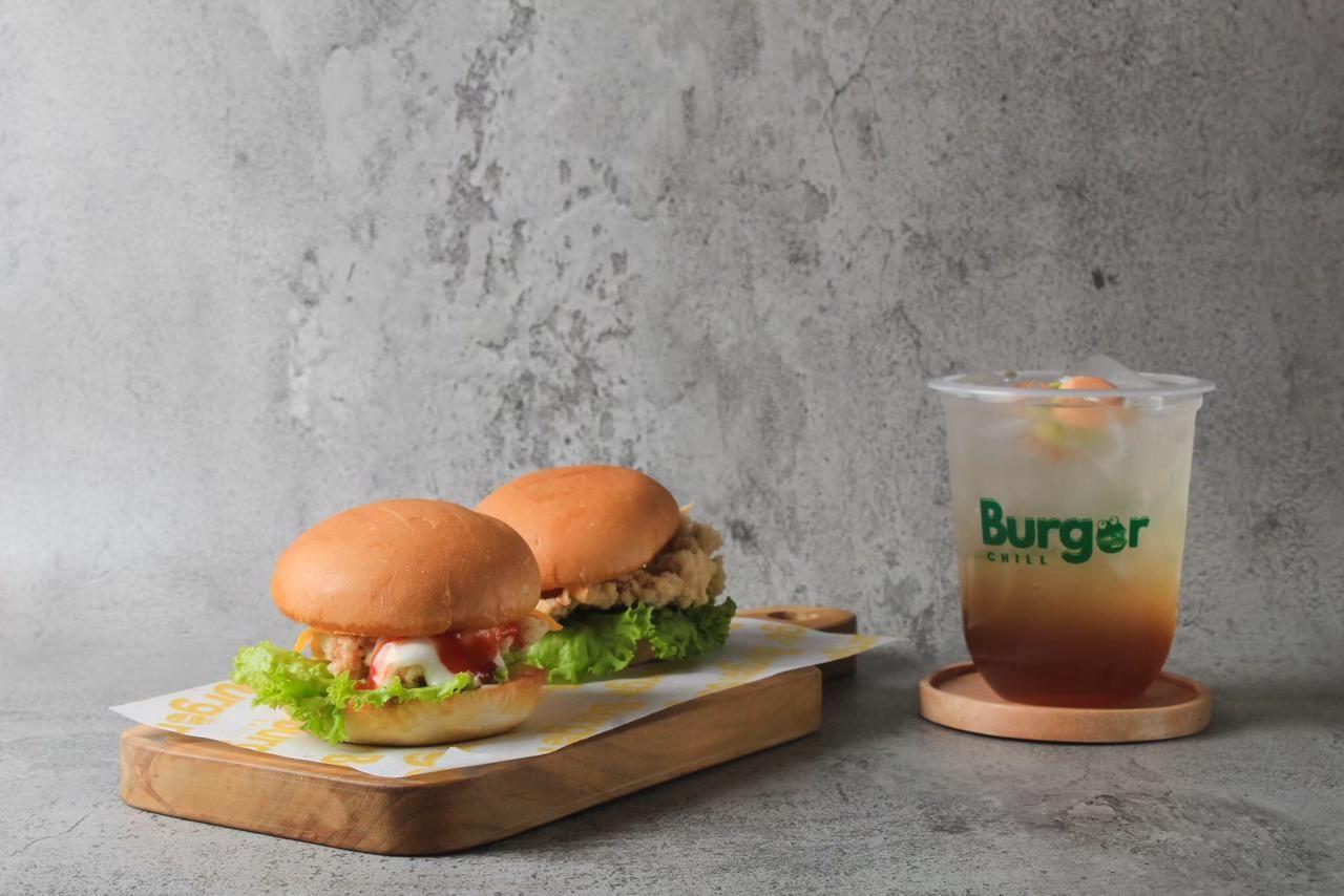 Saudara Kembar Jualan Burger Lewat TikTok Dapat Omzet Rp 20 Juta