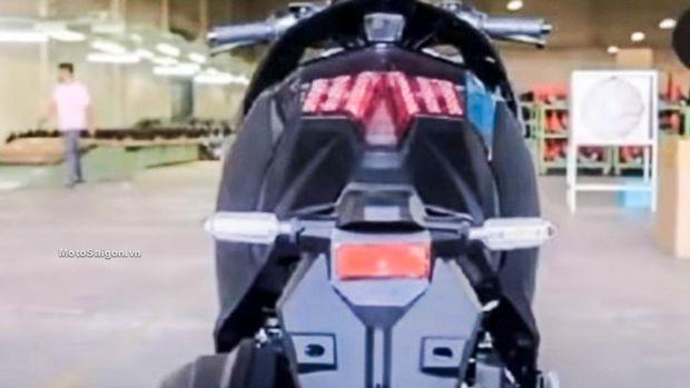 Sosok motor diduga Honda Vario 160