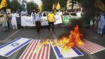 Warga Pakistan-Iran Bakar Bendera Israel di Hari Al Quds Sedunia
