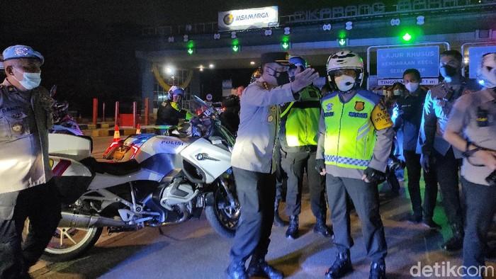 Kapolda Metro Jaya cek penyekatan mudik di GT Cikarang Barat