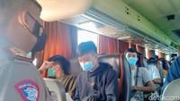 Sandiwara 47 Pemudik dari Jakarta Terbongkar di Exit Tol Ngawi