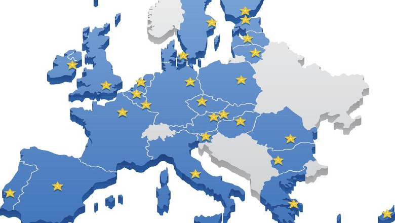 Map of the European Union. Capitals and borders can be easily removed in the vector file.