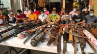 Wujud Sajam-Pistol Rakitan dalam Penggerebekan Kampung Ambon