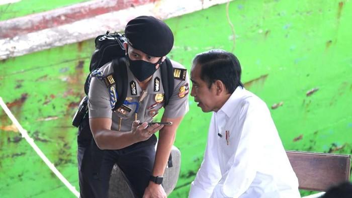 Presiden Jokowi dan AKP Syarif Muhammad