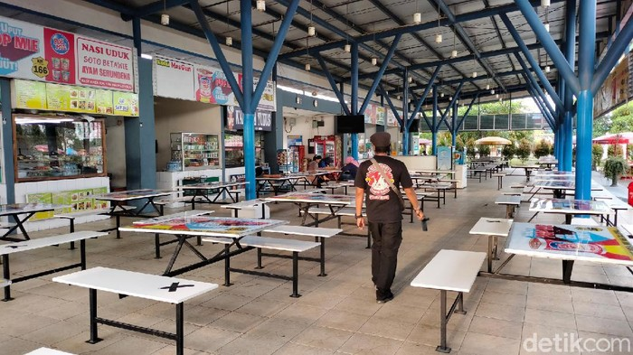 Rest Area Cipali Sepi