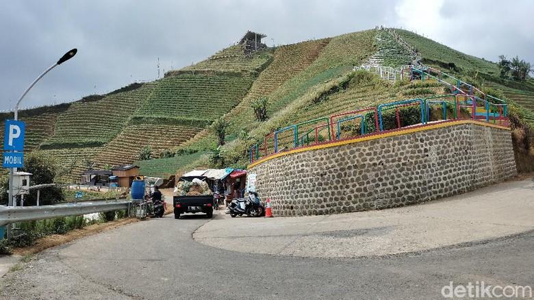 Wisata Panyaweuyan Majalengka, Jabar