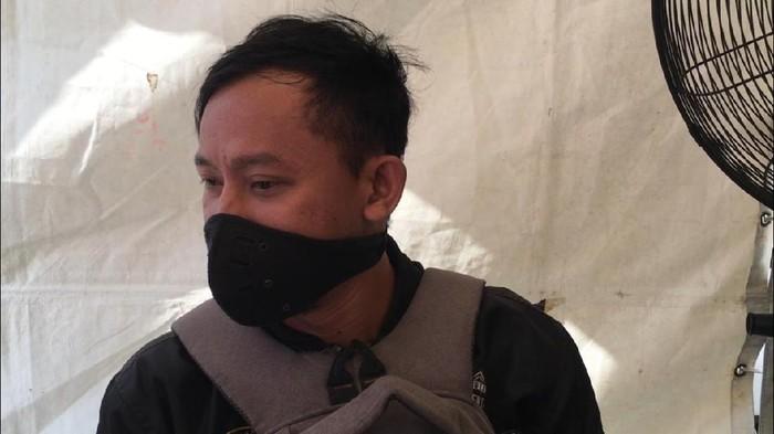 Ali Husen (37), pria yang hendak mudik ke Indramayu karena di PHK