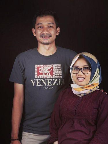 Foto Okky Irmanita dan suami.
