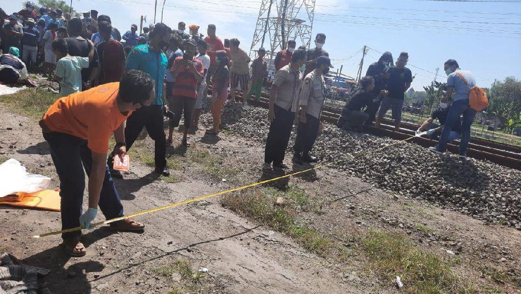 Kakak Beradik Berboncengan Sepeda Angin di Ngawi Tewas Tertabrak Kereta Api