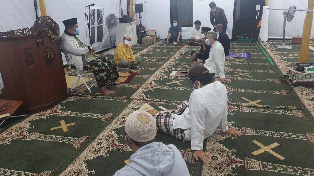 Masjid At Tabayyun : Manusia Merdeka Iktikaf di Tenda Arafah