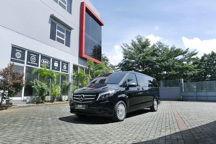Modifikasi Interior Mercedes-Benz Vito