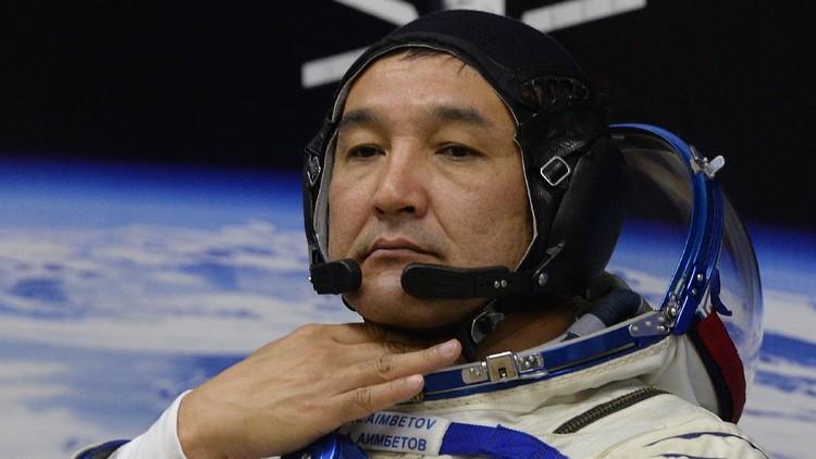 Aidyn Aimbetov jadi orang Kazakhstan ketiga dan astronaut muslim ke-10 yang ke luar angkasa.