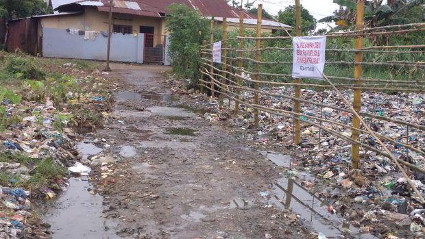 di Jalan Cempaka, Gang Kurnia, Kelurahan Sari Rejo, Kecamatan Medan Polonia, Senin (10/5/2021)
