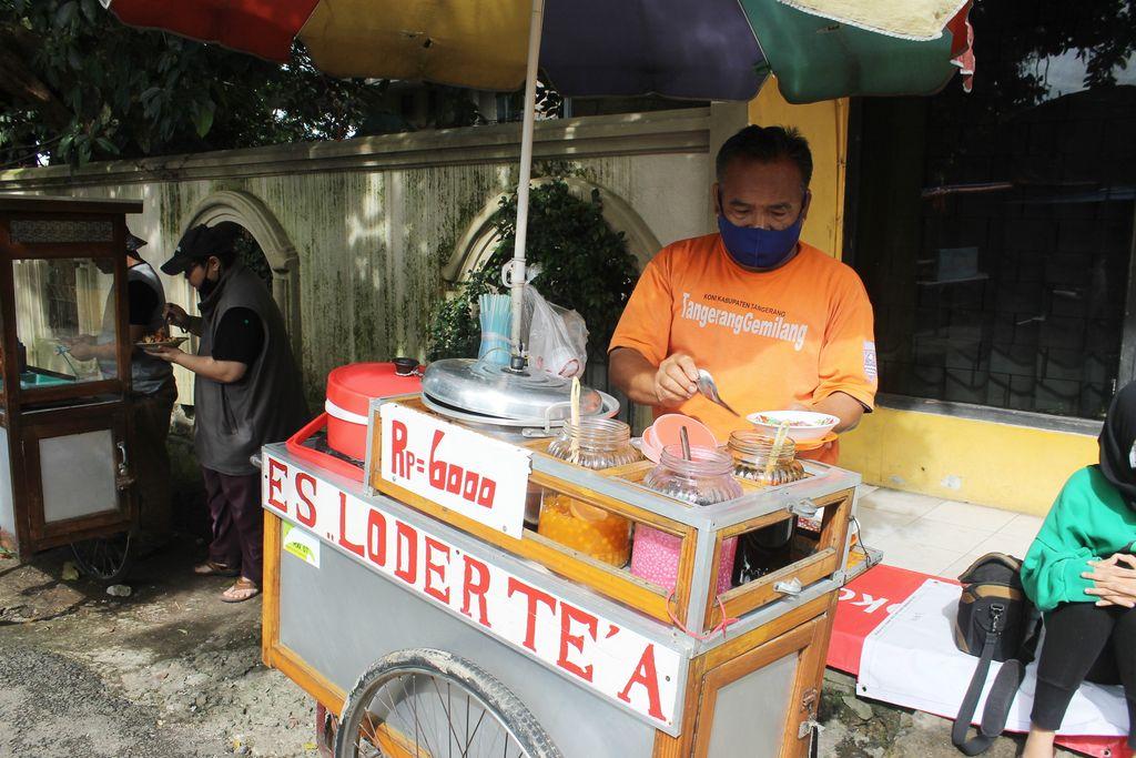 Slurpp! Ini Es Loder Pak Ade di Bogor yang Manis Lembut