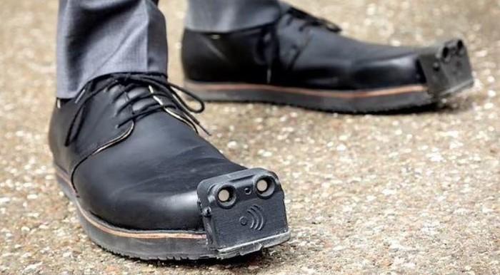 InnoMake, sepatu canggih untuk tunanetra