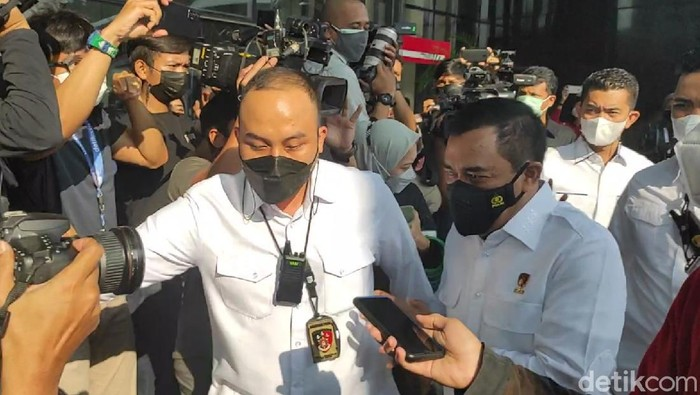Kabareskrim Polri Komjen Agus Andriyanto mendatangi KPK (Azhar Bagas/detikcom)