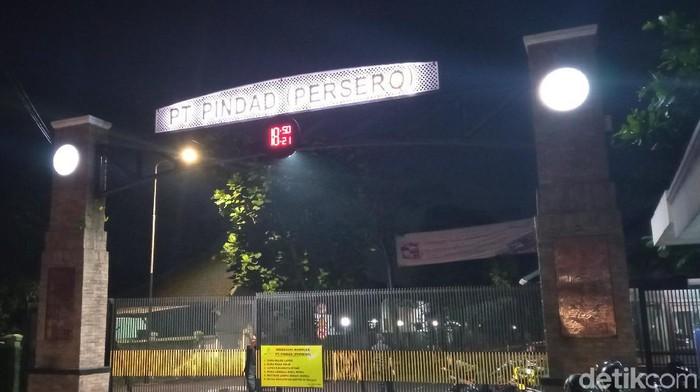 Kebakaran di kawasan PT Pindad Bandung berhasil dipadamkan