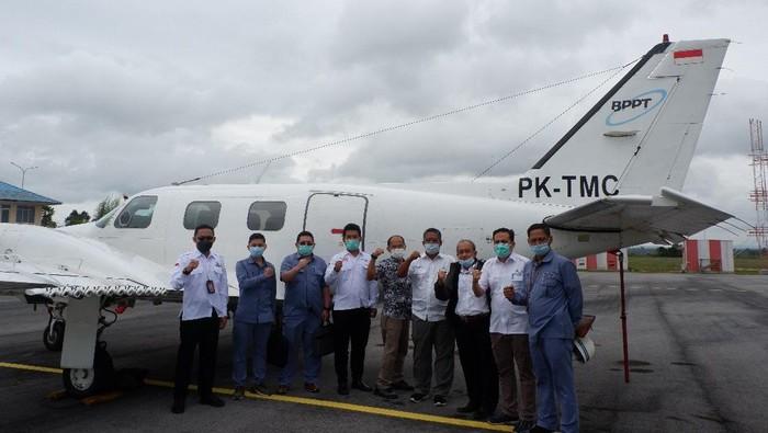 PT Indonesia Asahan Aluminium (Persero) (Inalum) bersama Badan Pengkajian dan Penerapan Teknologi (BPPT) terus melakukan program modifikasi cuaca atau hujan buatan di sekitar Danau Toba.