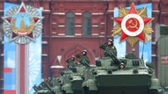 Foto-foto Meriahnya Parade Militer Kemenangan Rusia