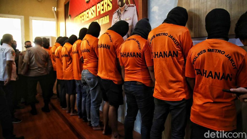 Polisi Jelaskan Kronologi Serda Nurhadi Dihadang-Dikepung Debt Collector