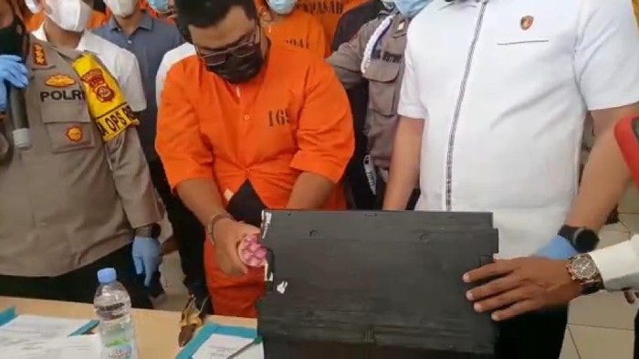 Pria di Bali pembobol mesin ATM (dok. Istimewa).