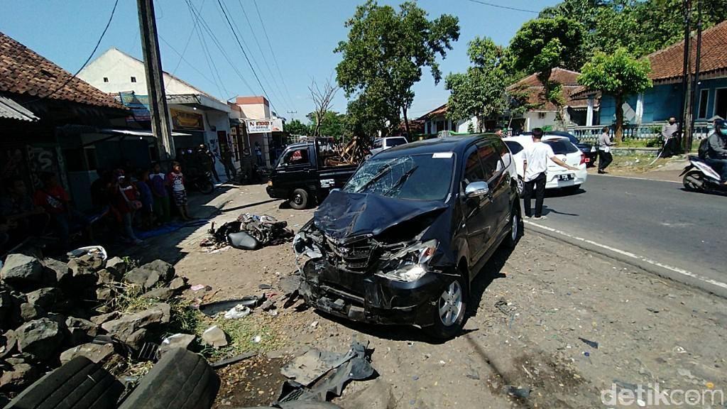 Mobil Dinas Satpol PP Ciamis Tabrak Pemotor, Satu Orang Tewas